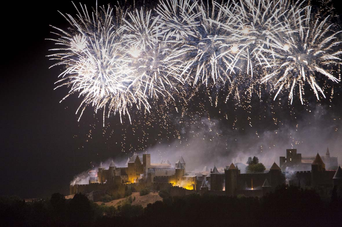 feu d'artifice du 14 Juillet à Carcassonne (©Ph. Benoist)