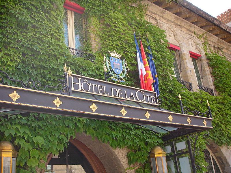 Un hôtel pour la Cité
